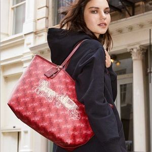 Coach Reversible City Tote Horse Carriage Print